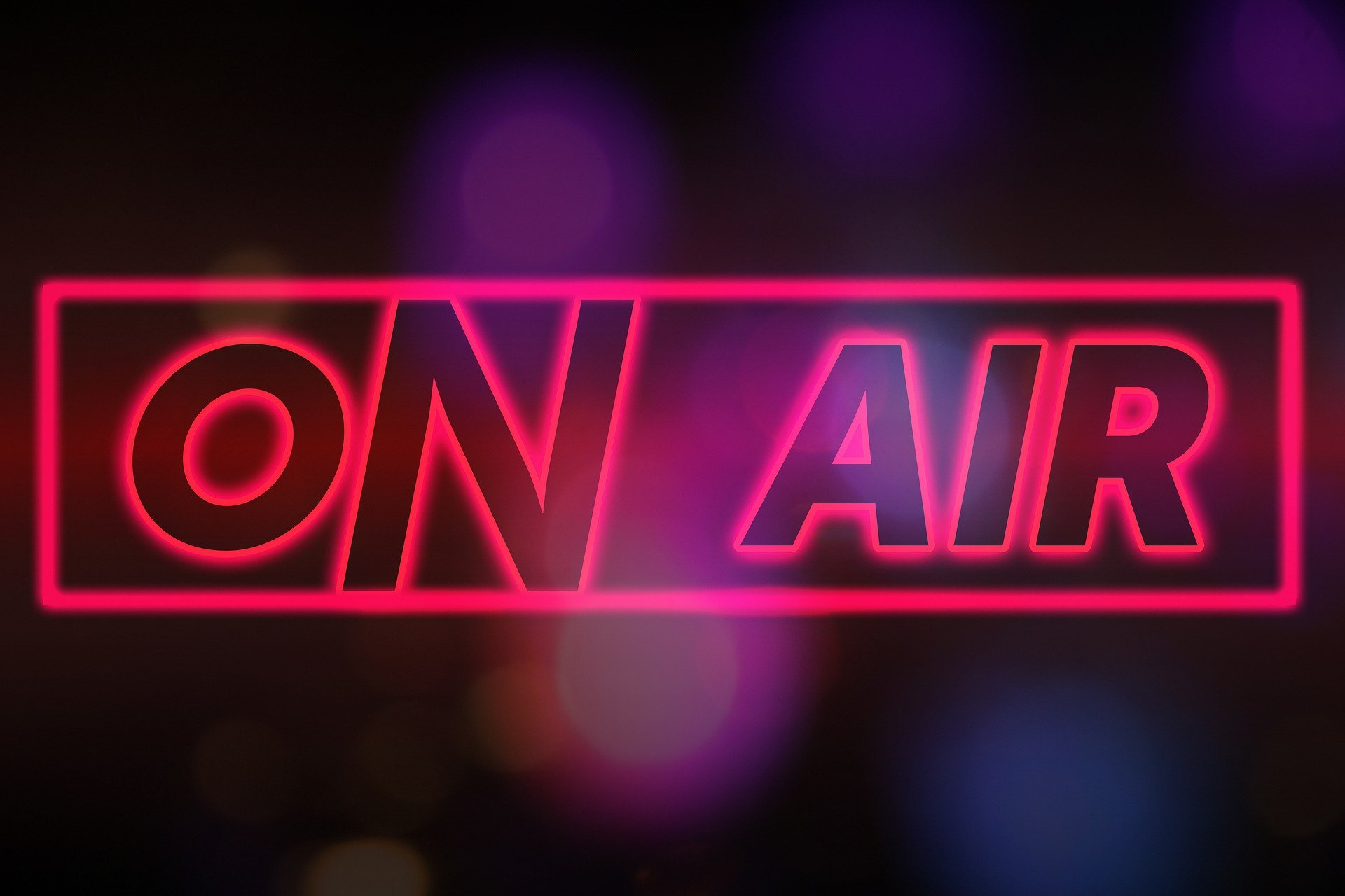 on-air-4901461_1920